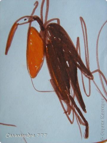 Наши малыши хороши! Дайте малышам карандаши! Пусть рисуют малыши, что хотят, А внимательный мамочкин взгляд Вдруг увидит веселых мышат, Птичек, девочек, Пчелок, цветочки... Пусть рисуют сыночки и дочки...        Рисунки девочки в 1г и 10 мес. и то, что увидел в них взрослый. Мышка. фото 2