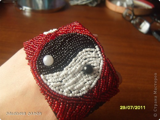 вышитые браслеты фото 9