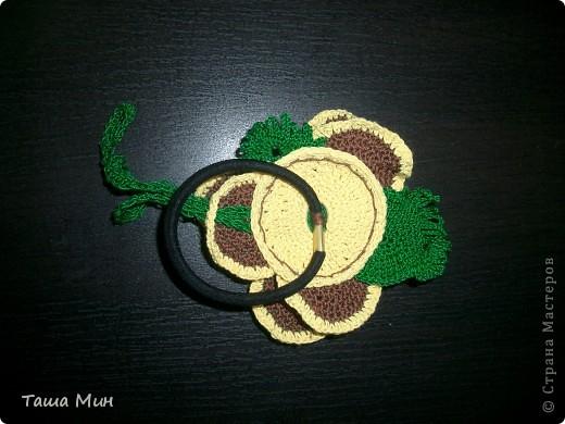 Цветок резинка вязанный крючком фото 3