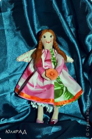 Такая малышка у меня получилась))) Сделала для подружки доченьки))) В крылышки добавила немного ванилина............теперь её хочется съесть))) фото 1