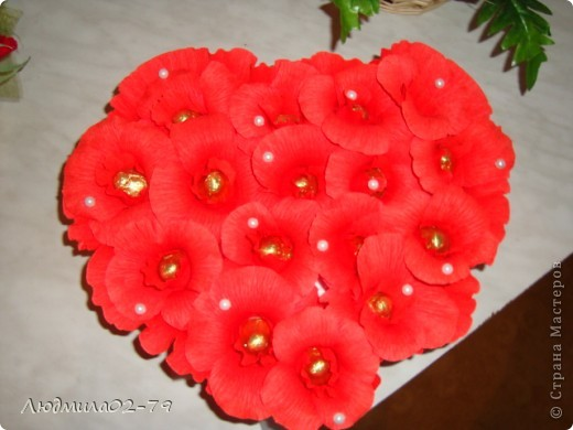 Сладкое сердце из конфет))) фото 1