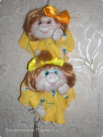 В воскресенье была на Дне Рождении любимой подруги-Верочки!Подарила ей куколку!Знаю-любит она моих куклёшек)))Это именниница с подарком! фото 7