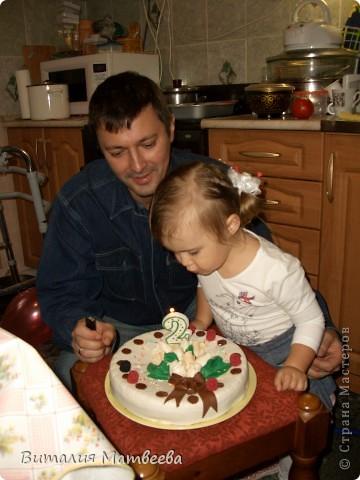 Всем доброго времени суток! Сегодня моей принцессе исполнилось ровно 2 годика! Вот какой тортик у меня получился! фото 6