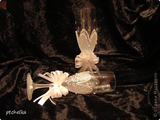 Нижнюю часть бокалов оформила в виде цветка при помощи краски с эффектом замершего стекла SPECIALTY FROSTED GLASS фото 2