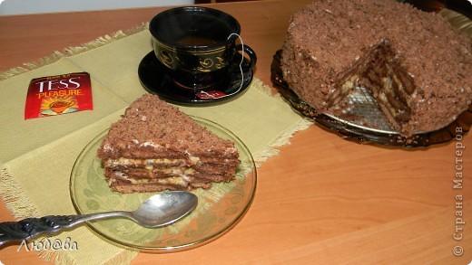Рецепт этого тортика найден на просторах интернета,  на авторство не претендую. Мне он понравился простотой своего изготовления, поэтому и решила поделится его изготовлением с вами. Готовила я торт вместе со своим 10-летним сыном, который страсть как любит печь различные кексы и угощать меня когда я прихожу с работы. фото 1