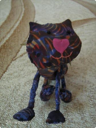 Познакомьтесь, его зовут Колокольчик. Он очень любит гулять. фото 5