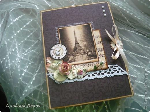 Доброго всем времени суток. Вот такую коробку-книгу решила сделать в подарок. МК можно посмотреть сот здесь http://asyamischenko.blogspot.com/2011/06/blog-post_8971.html фото 2