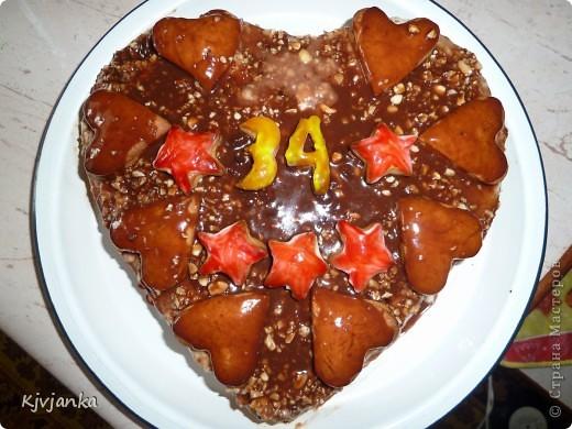 Вот такой тортик я делала родителям на 34-ю годовщину совместной жизни.