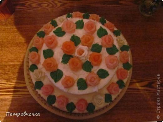 Девчонки мои потребовали, что бы и на СЮТе был мой тортик. Решила сделать круглый  на этот раз. фото 3