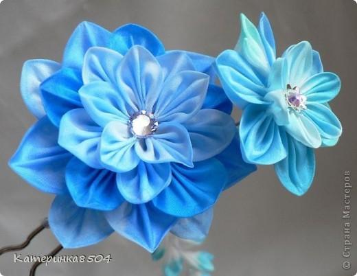 Мои цветочки. Я попробовала делать новые лепестки. Мне они очень нравятся. Путём проб всё-таки получились плоские и круглые!  фото 11