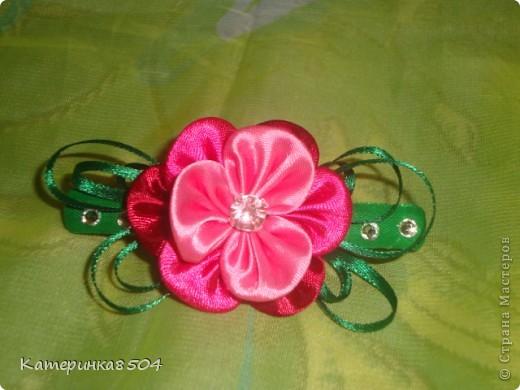 Мои цветочки. Я попробовала делать новые лепестки. Мне они очень нравятся. Путём проб всё-таки получились плоские и круглые!  фото 4