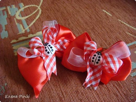 Вот такие бантики получились на заказ для девочки на день рождения.Дальше пойдут фото каждой парочки отдельно фото 5