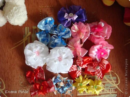 Вот такие бантики получились на заказ для девочки на день рождения.Дальше пойдут фото каждой парочки отдельно фото 11