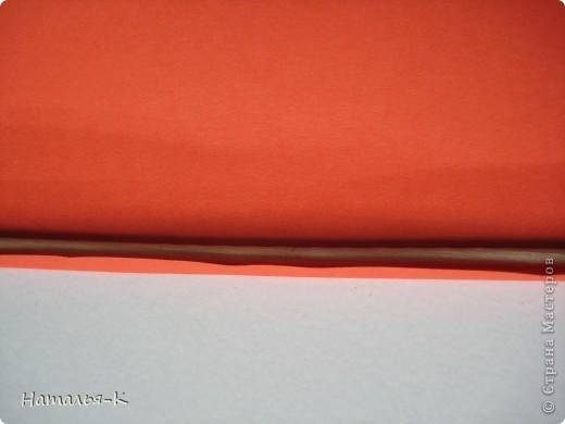 Рамочка из бумажных трубочек.  фото 4
