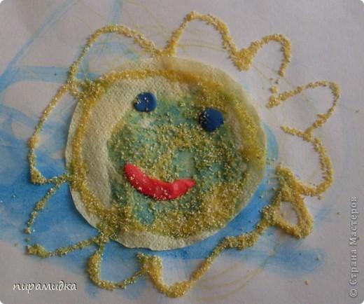 """""""Солнышко""""  Работа для малышей от 1 годика до 2 лет. Особенно понравился процесс насыпания крупой!"""