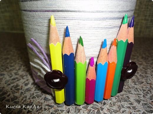 а ещё для ручек, фломастеров, кисточек ... и разных нужных мелочей. Моя вдохновительница - Татьяна Викторовна Иванова. Большое ей спасибо !!! У неё такие красивые органайзеры ... вот и мне захотелось в начале учебного года устроить для своих школьных принадлежностей новоселье и сделать для них новые домики !!! Посмотрите,  что получилось ... фото 7