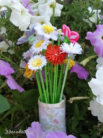 Букетик квиллинг-цветочков фото 3