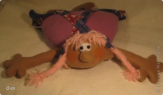Скоро моей крёстной дочке исполняется 4 годика, вот такую Девчушку- подушку сшила ей в подарок:) фото 1
