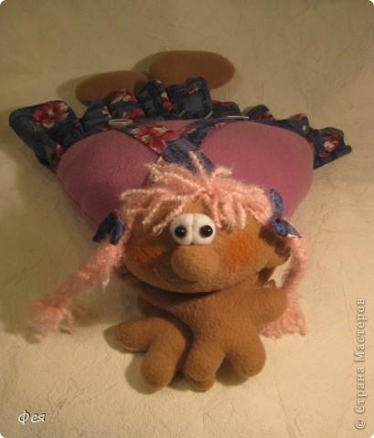 Скоро моей крёстной дочке исполняется 4 годика, вот такую Девчушку- подушку сшила ей в подарок:) фото 4
