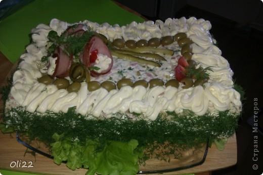 Бутербродный тортик в качестве холодной закуски. фото 2