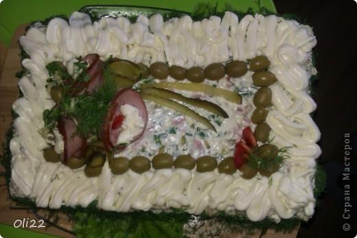 Бутербродный тортик в качестве холодной закуски. фото 1