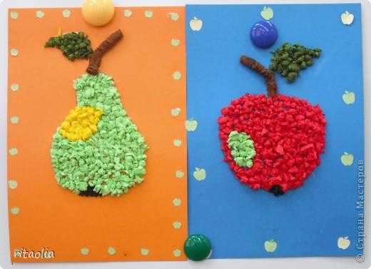 Вот такие фрукты сегодня собрали: Полина - грушу, Сонечка - яблоко. фото 1