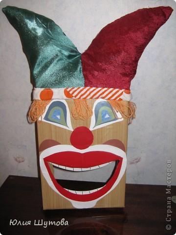 Эта игрушка была сделана 3 года назад совместно с напарницей по работе в д.саду.Она предназначена для занятий с детьми артикуляционной гимнастикой. фото 2