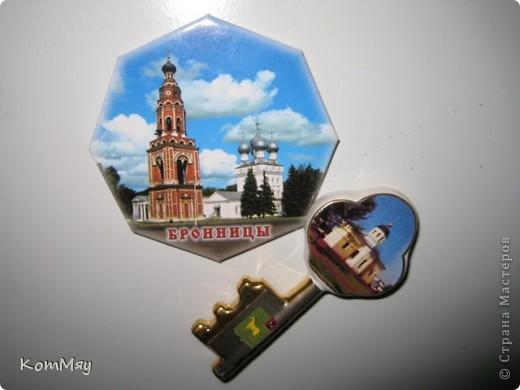 Вторая часть коллекции моих магнитов.  Тема - ГОРОДА. Этот магнит мне привезли в подарок из Венеции фото 44