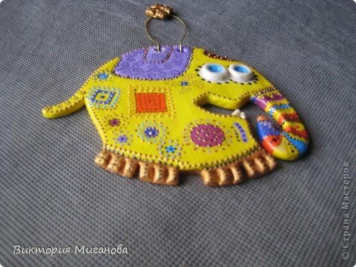 Здравствуйте мастерицы! Знакомая увидела где то такого слоника и попросила сделать. Подарок готов :) фото 2