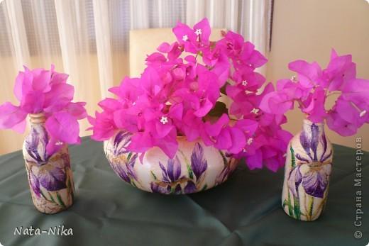 Бутылочки-вазочки с ирисами фото 4
