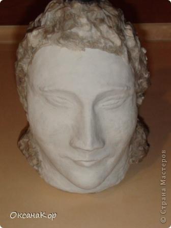Здравствуйте. Это бутылка декорирована как голова женщины в шляпе. (Правда женщина у меня не совсем получилась , почему то выходило только мужское лицо) фото 11