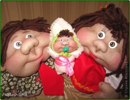 Многим моим знакомым так полюбились эти милые и смешные попики, что я всё никак не могу начать делать новых персонажей ))) Честно говоря, я тоже от них в восторге!!! И мне очень интересно, кто же является автором этих чудесных кукол, может кто знает? Подскажите пожалуйста! фото 7