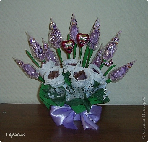 Проба букетов из конфет - подарок на розовую свадьбу фото 2