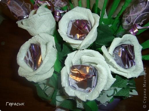 Проба букетов из конфет - подарок на розовую свадьбу фото 5