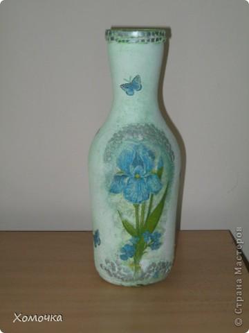Многие из моих коллег хотят иметь вазы из таких бутылок. Как известно, в учебном заведении ваз много не бывает. Тем более, скоро День учителя фото 1