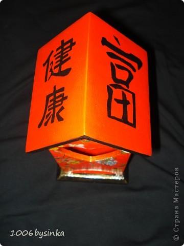 Вот этот домик для чайных пакетиков моя вторая по счету работа в технике декупаж. Делала по заказу сестры в подарок для ее свекрови.   фото 4