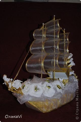 Свадебный корабль с сундучком для денег. фото 2