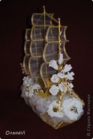 Свадебный корабль с сундучком для денег. фото 3