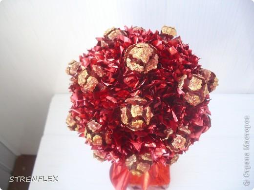 """После моего первого кипарисово дерева http://stranamasterov.ru/node/219032 решила сделать римейк, но в другом цвете! Насобирали в Форосе """"свеженьких"""" кипарисовых шишичек, и вот наконец-то я его выставляю (не прошло и пол года)))) фото 3"""