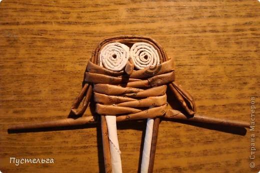 """Пришли ко мне на мастер-класс мама с ребёнком. Пока мама осваивала плетение верёвочкой, ребёнок скрутил две трубочки и спрашивает: """"А что можно сделать из них?"""" Я тогда не смогла ответить. Вот теперь знаю... фото 21"""