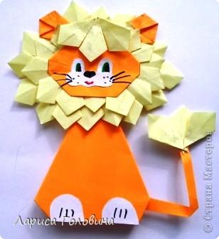 Такого львёнка я увидела у Елены Гайдаенко http://stranamasterov.ru/node/8035  Попробовали сделать его с третьеклассниками.  фото 3