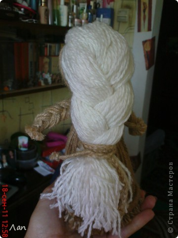 Кукла из ниток фото 3