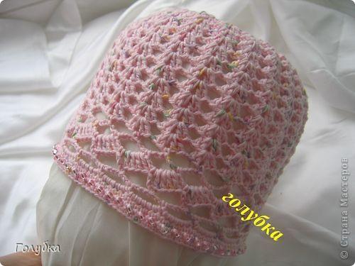 Очень давно вязала такую шапочку. А недавно она стала опять востребованной. Но т.к. ее разбор по просьбе мастерицы Алены, был разбросан по комментариям рукодельного форума, то решено было собрать всё вместе:) фото 1