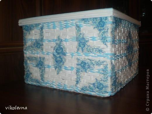 короб делала на заказ.знакомая просила сделать большую коробку.у Юляшки 1307(привет Юлечка!!!),понравилась шлатулочка-гжелечка.решила сделать нечто подобное.и вот что получилось.еще без лака. фото 2