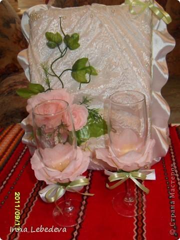 Занимаюсь постановкой свадебных танцев и еще решала делать небольшие подарочки молодоженам. Одним казну подарила. В этот раз бокальчики.))) Коробка для бокалов. фото 4