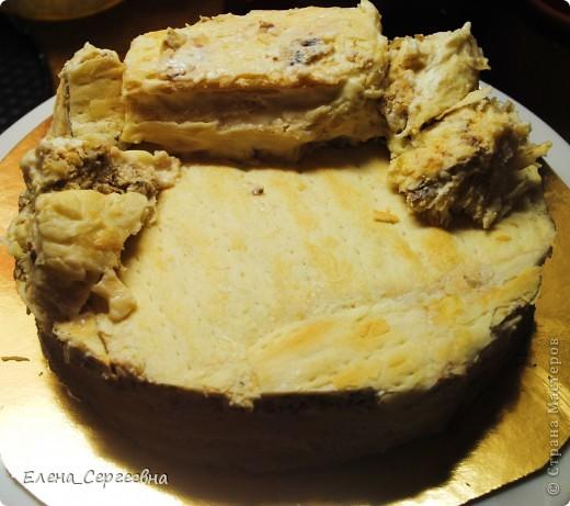 """Торт """"Хуторок"""". Вес 3 кг.  Основа - торт """"Наполеон"""" с грецким орехом.  Сахарная помадка. Королевская глазурь. Воздушный рис. Брилгель. Пищевые красители. Цветной сахар.  фото 11"""