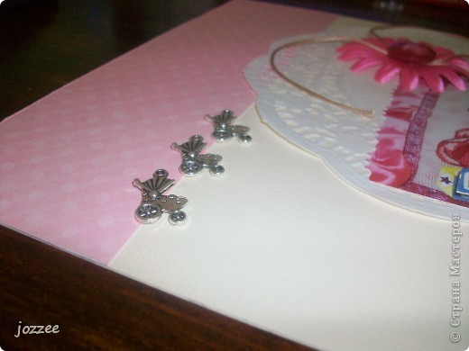 Вот соорудила свою первую скрап-страничку для альбома маленькой девочки Алисы (обложка альбома). фото 3