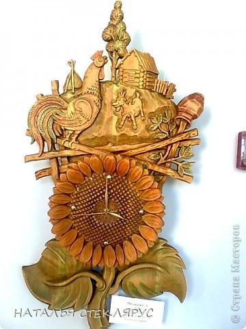 """Наконец выложу  продолжение экскурсии по выставке """"Золотая нить"""". На фото резные тарелочки расписанные в древнерусском стиле. Это работы Новосибирских мастеров. фото 5"""