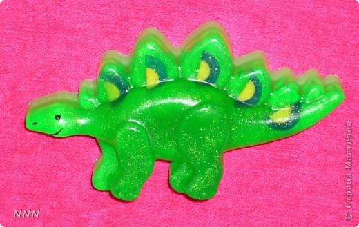 """Детские мыльца. Ладошка с ароматом """"Тропические фрукты"""", Динозавр - """"Черная смородина"""". Для мальчика 3-х лет. фото 3"""