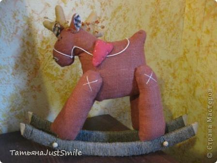 Олень-Качалка в подарок маме. фото 1